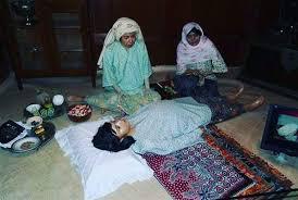 Ritual Melenggang Perut Anambas, Perbaiki Posisi Bayi Dalam Rahim Ibu