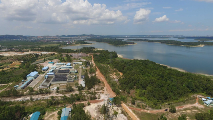 Mitos Dam Duriangkang di Batam, Hunian Etnis Tionghoa dan Buaya Putih