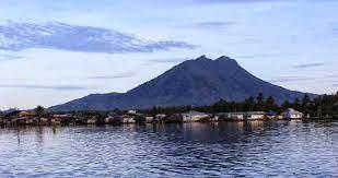 Misteri Orang Bedung dan Kisah Mistis di Gunung Ranai Natuna