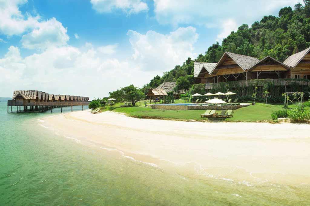 Resort Pulau Telunas di Karimun, Uang Rupiah Gak Berlaku di Sini