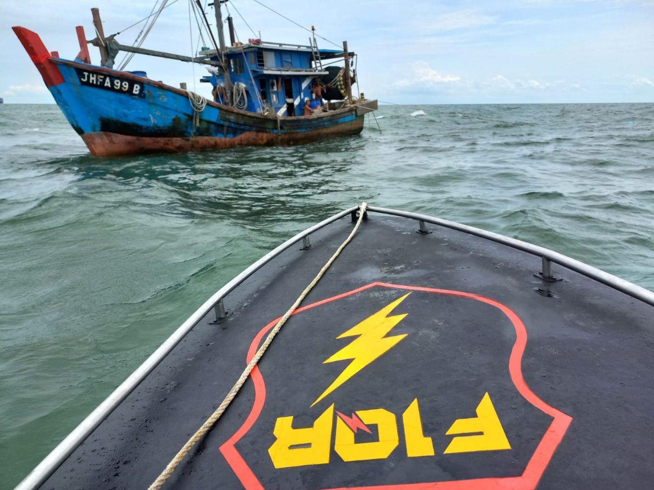 Drama Kapal Malaysia Demi Curi Ikan di Perairan Indonesia