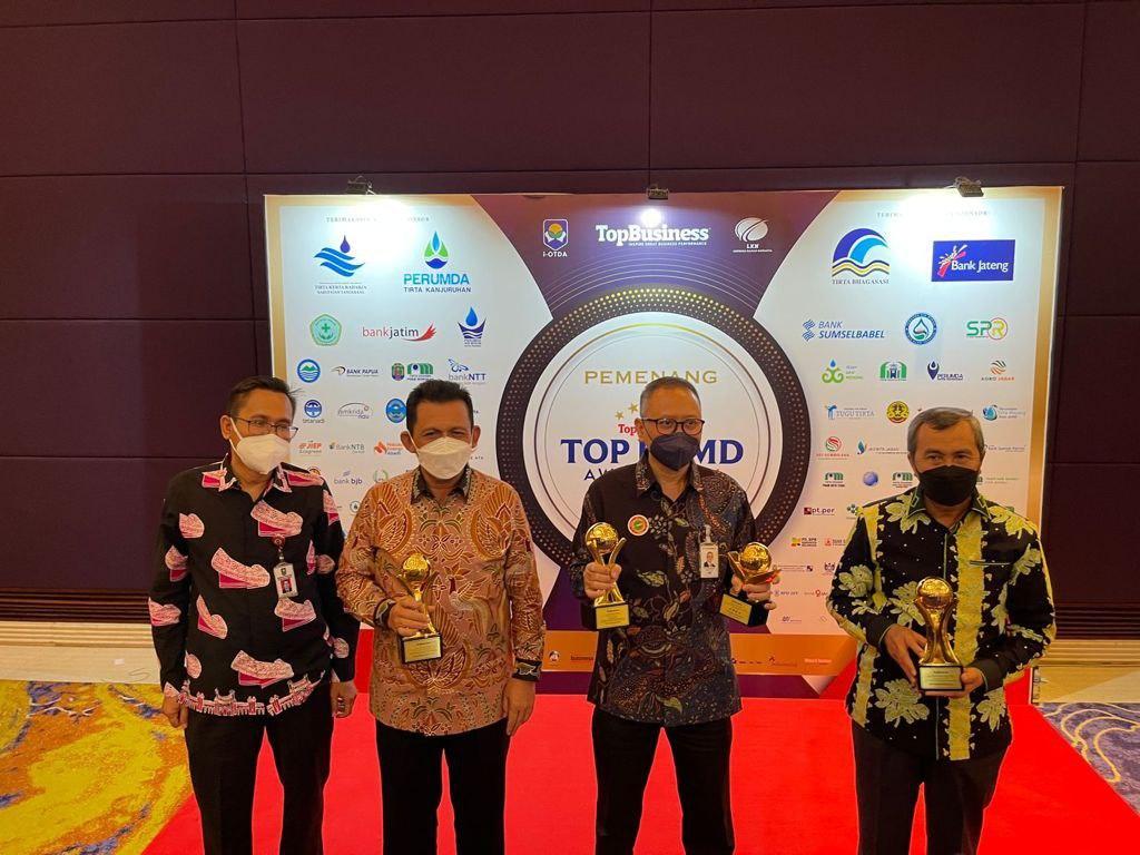 Gubernur Kepri Raih Penghargaan Top Pembina BUMD 2021
