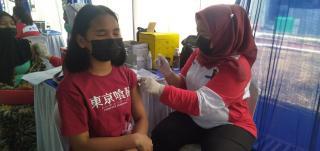 Ratusan Pelajar di Batam Antusias Ikuti Vaksinasi COVID-19