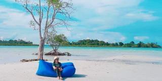 Pantai Elyora, Kembarannya Pantai Reviola yang Kini Popular