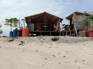 Setiap Tahunnya, Pulau Mensemut di Lingga Makin Terkikis Abrasi